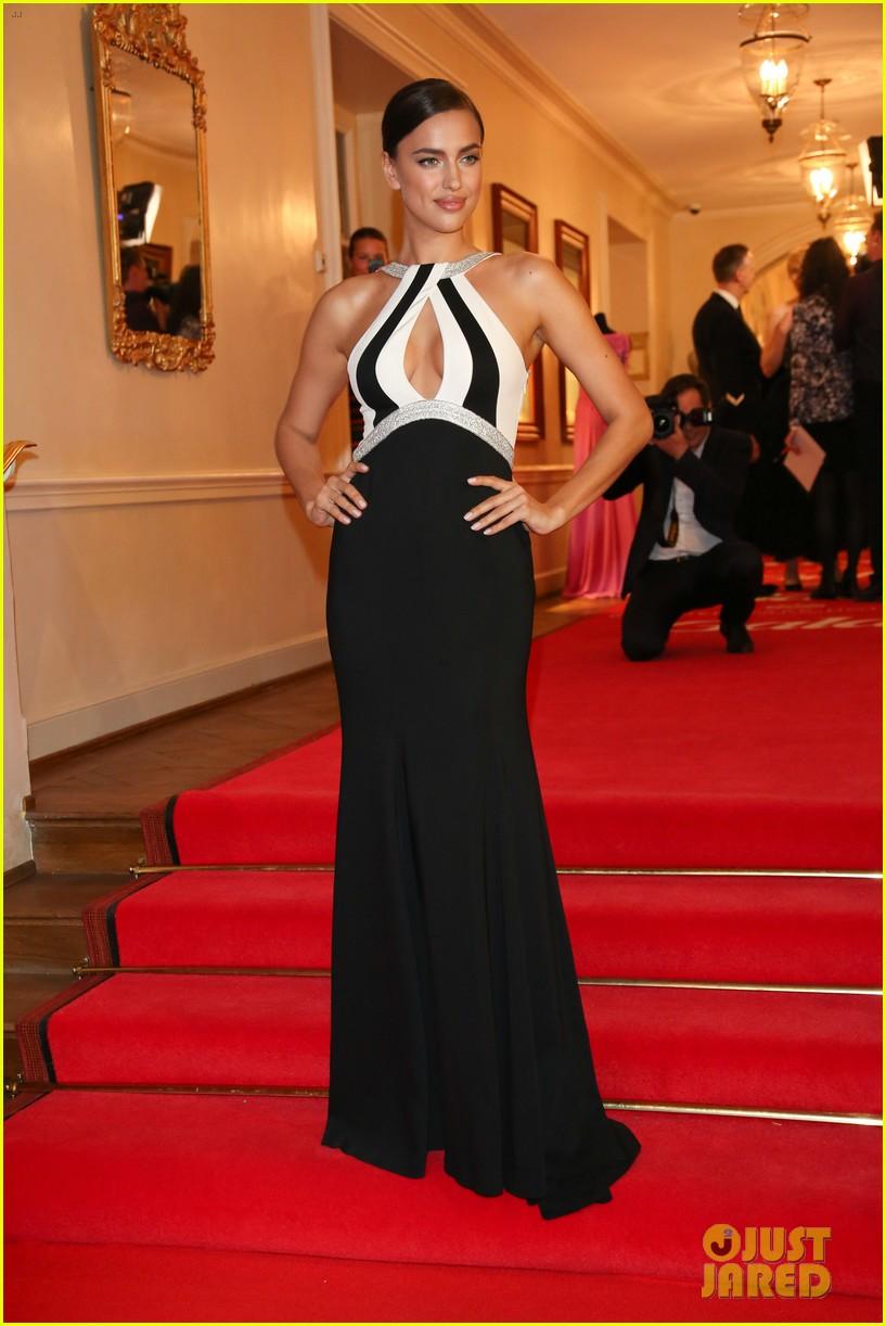 irina shayk assets plunging neckline gala spa awards 2014 083072741