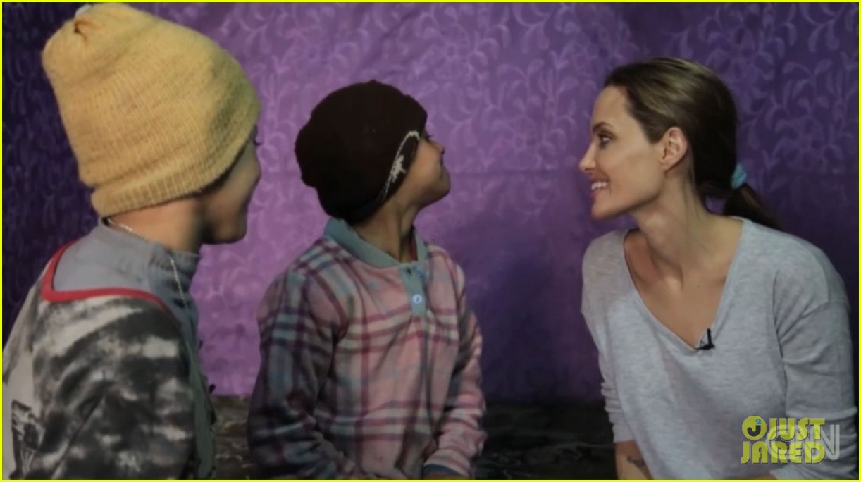 angelina jolie puts spotlight on syrian refugees in cnn report 05