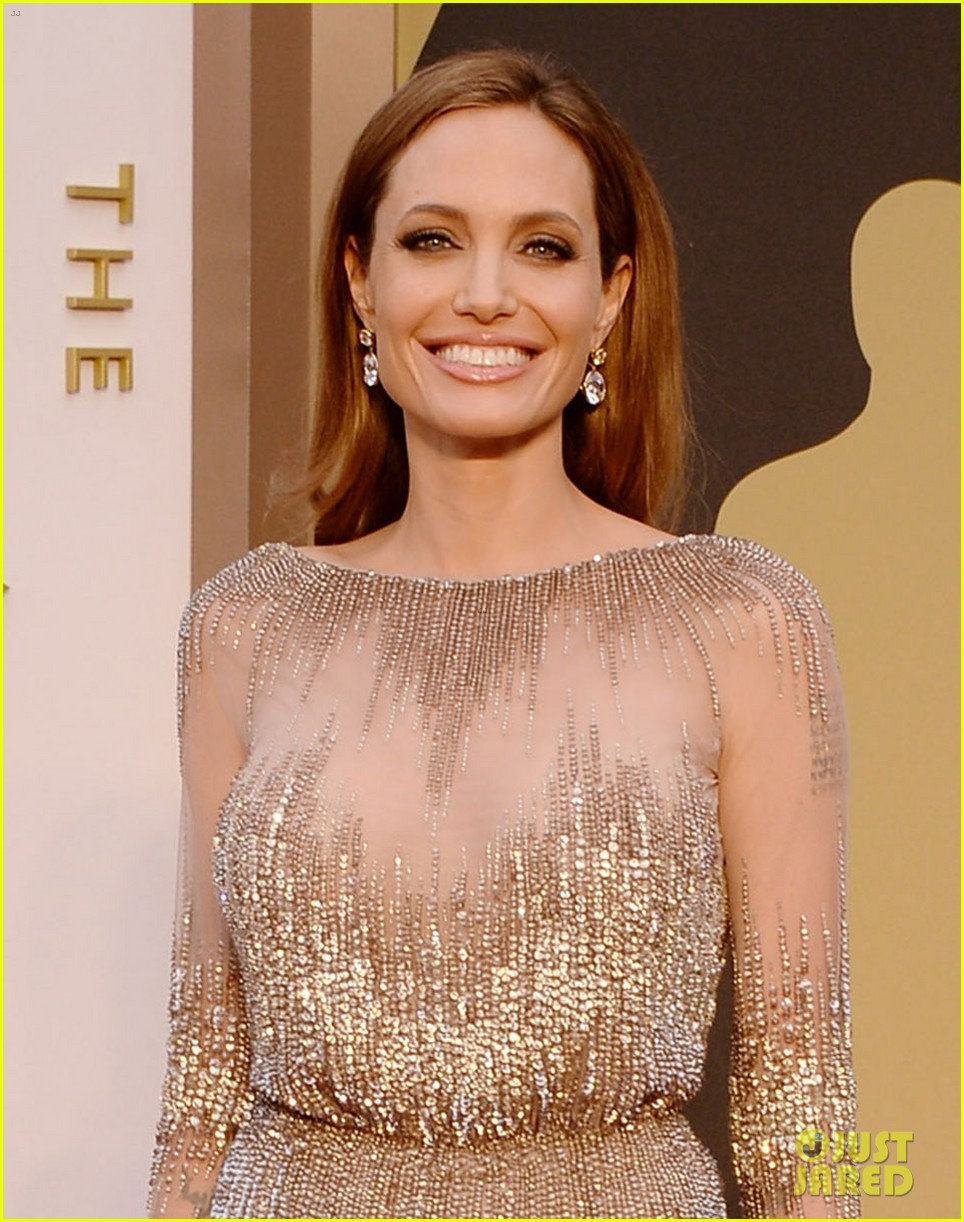 brad pitt angelina jolie oscars 2014 red carpet 063063897