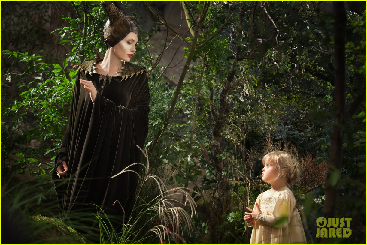 angelina jolie new maleficent trailer stills 02