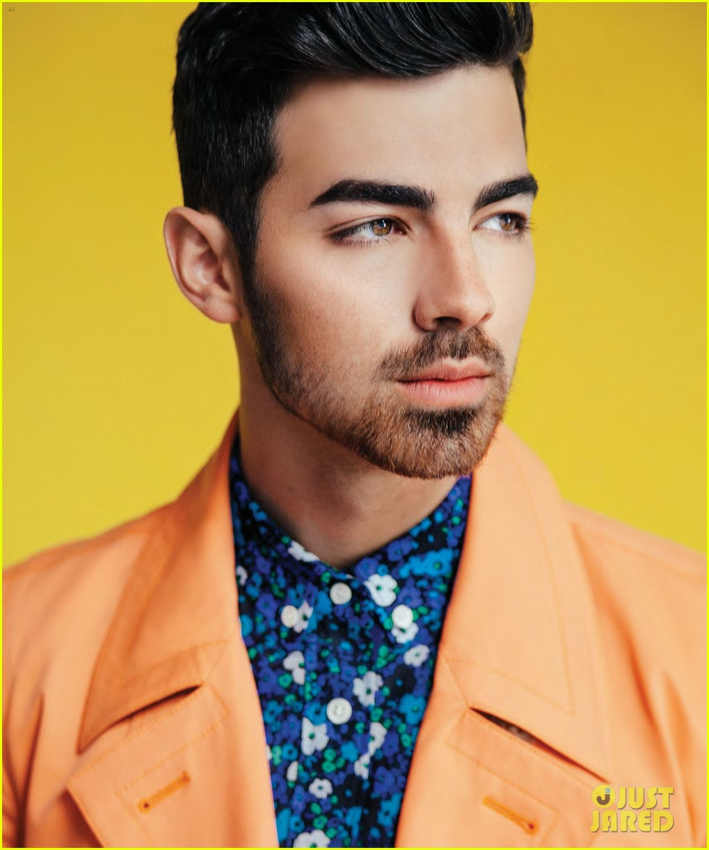 joe jonas scene magazine 023082320