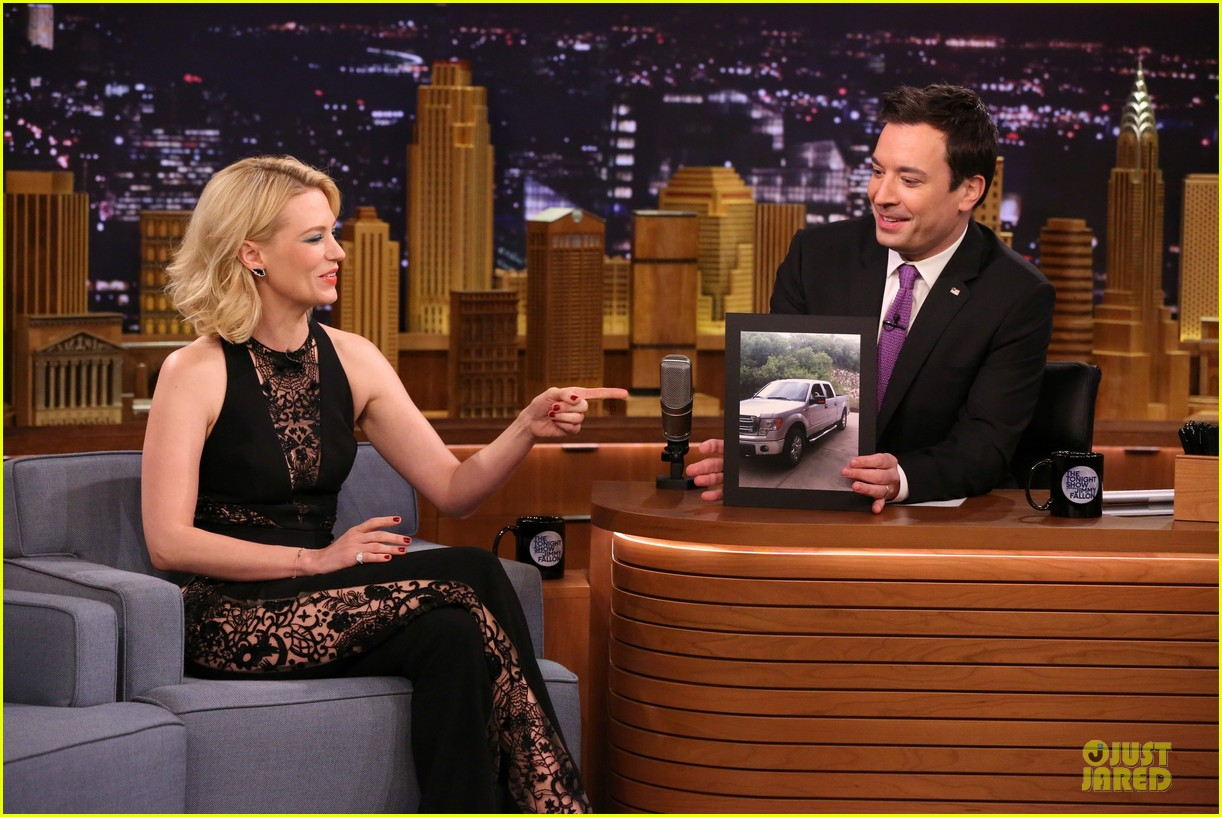 january jones sheer side tonight show 06