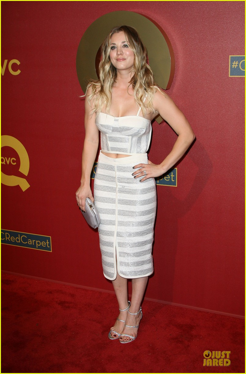 kaley cuoco shows some skin at qvc red carpet event 103062796