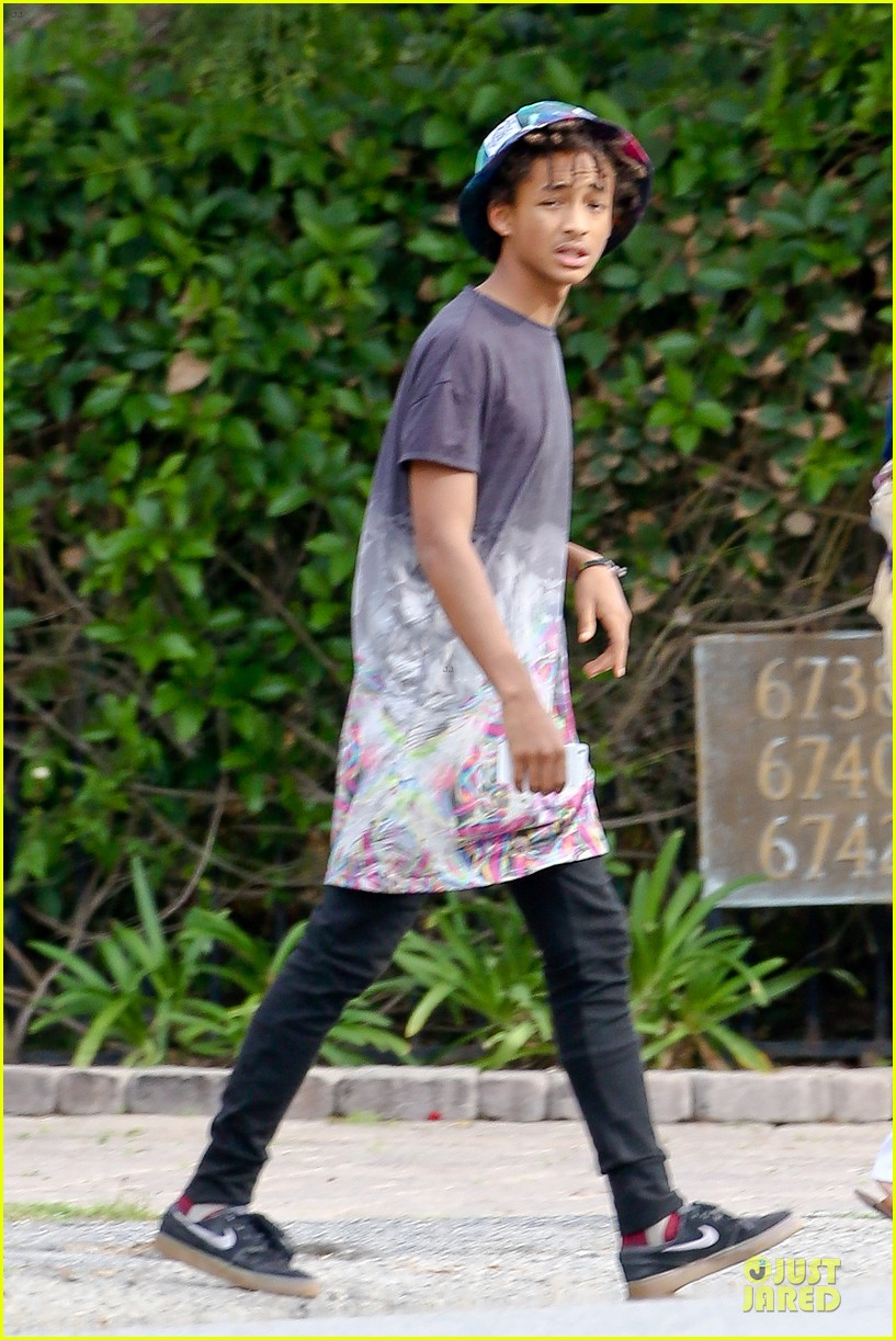 kendall kylie jenner meet up with super excited jaden smith 08