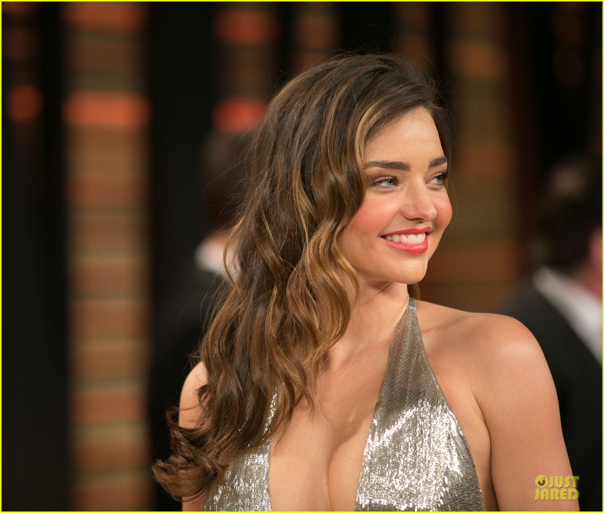 miranda kerr makes sexy entrance with plunging neckline at vanity fair oscars party 2014 063064427