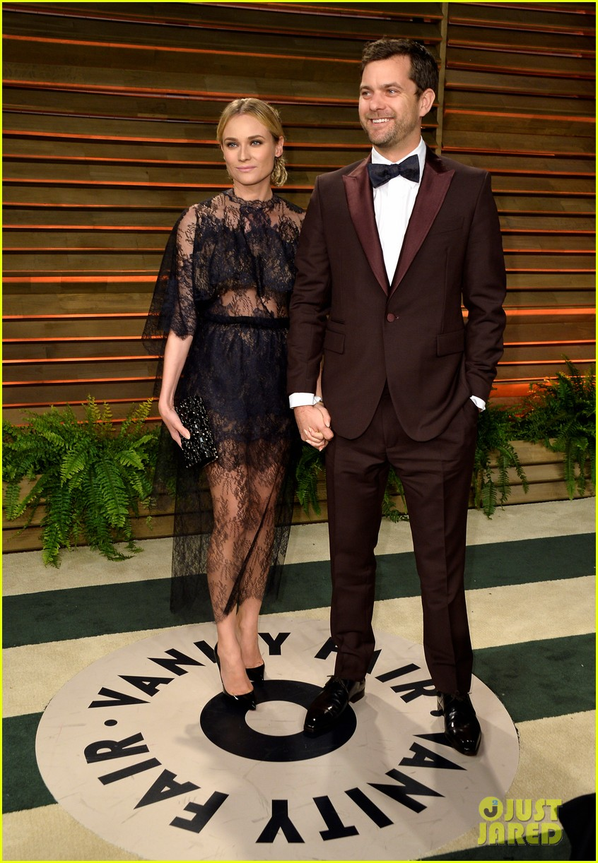 sexy sheer for vanity fair oscars party 2014 with joshua jackson 01