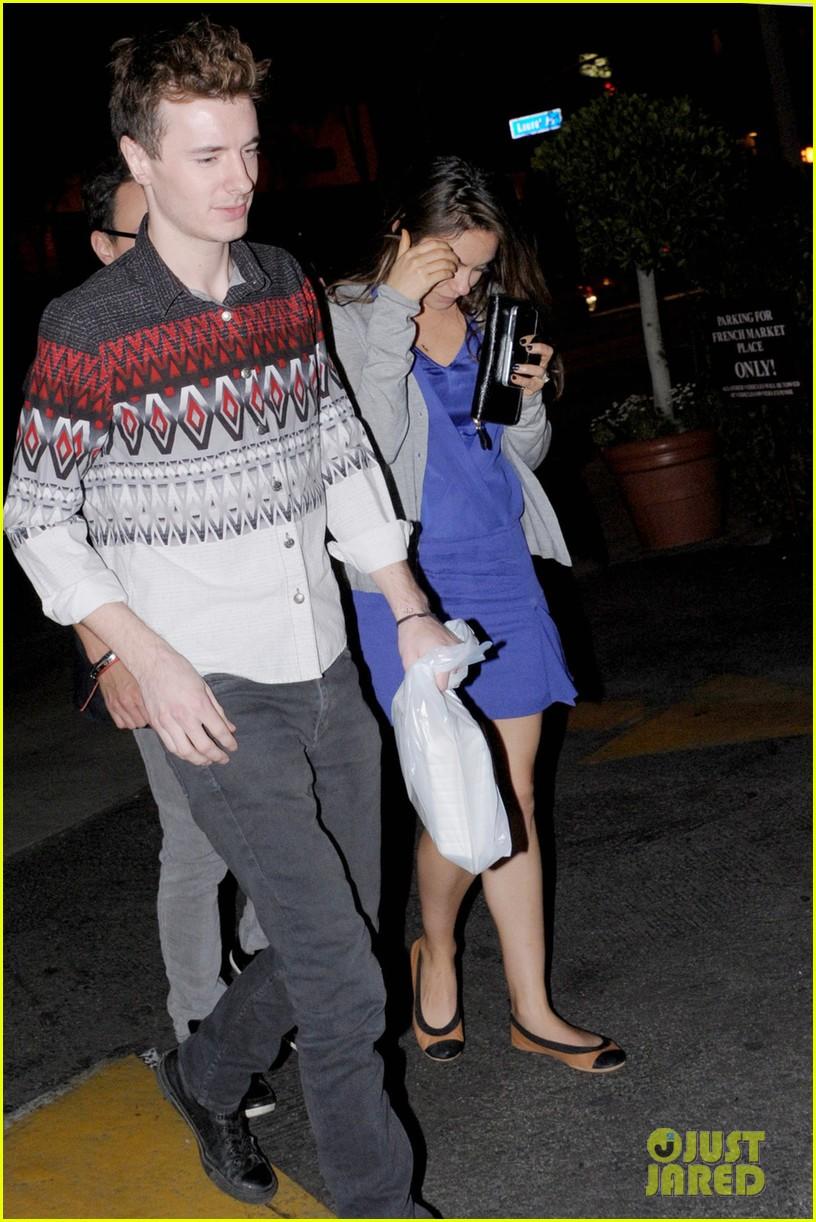 ashton kutcher parties at sxsw mila kunis flashes engagement ring at dinner 03