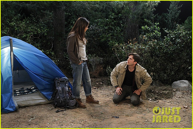 mila kunis ashton kutcher two half men stills 053077839