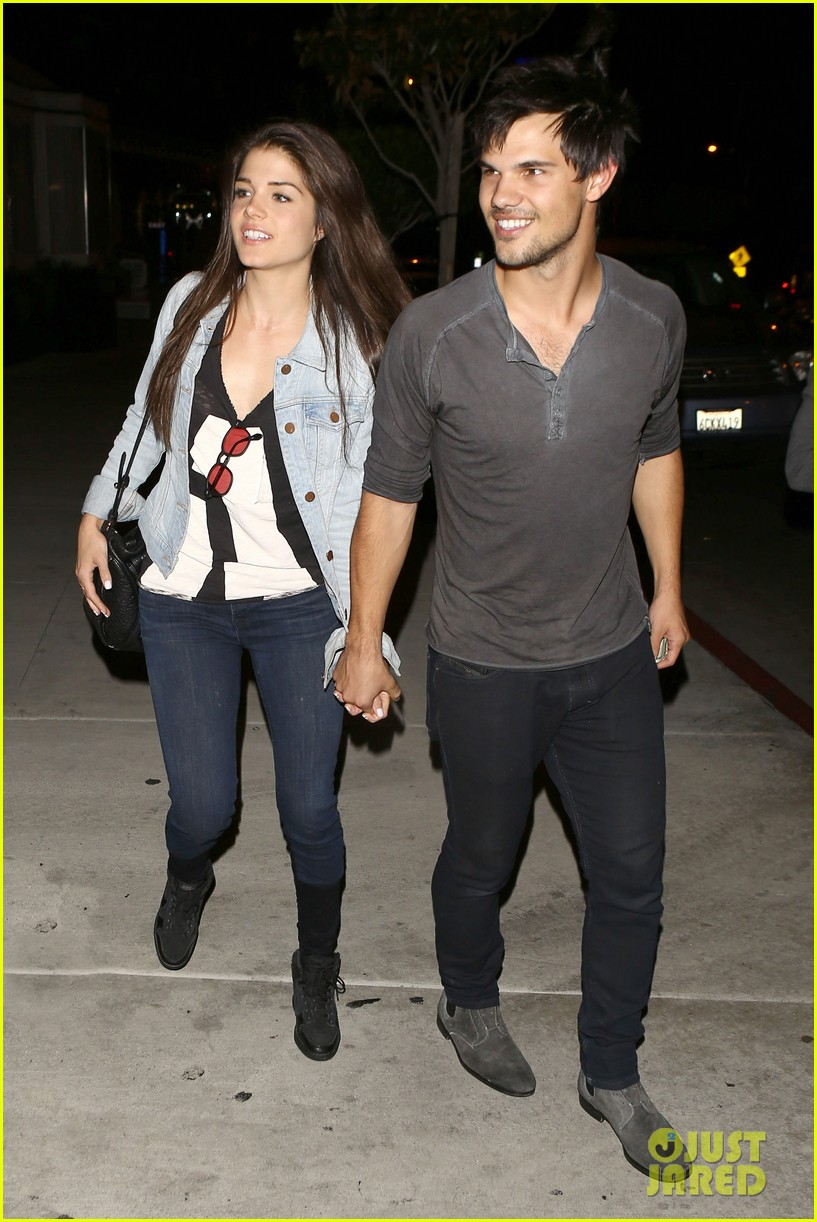 taylor lautner marie avgeropolous look so in love on dinner date 013071931