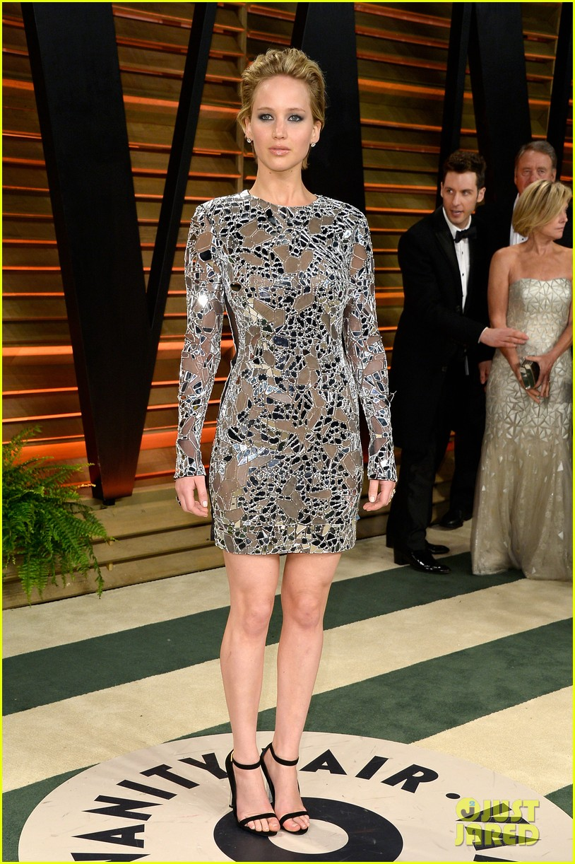 jennifer lawrence vanity fair oscars party 2014 063064516