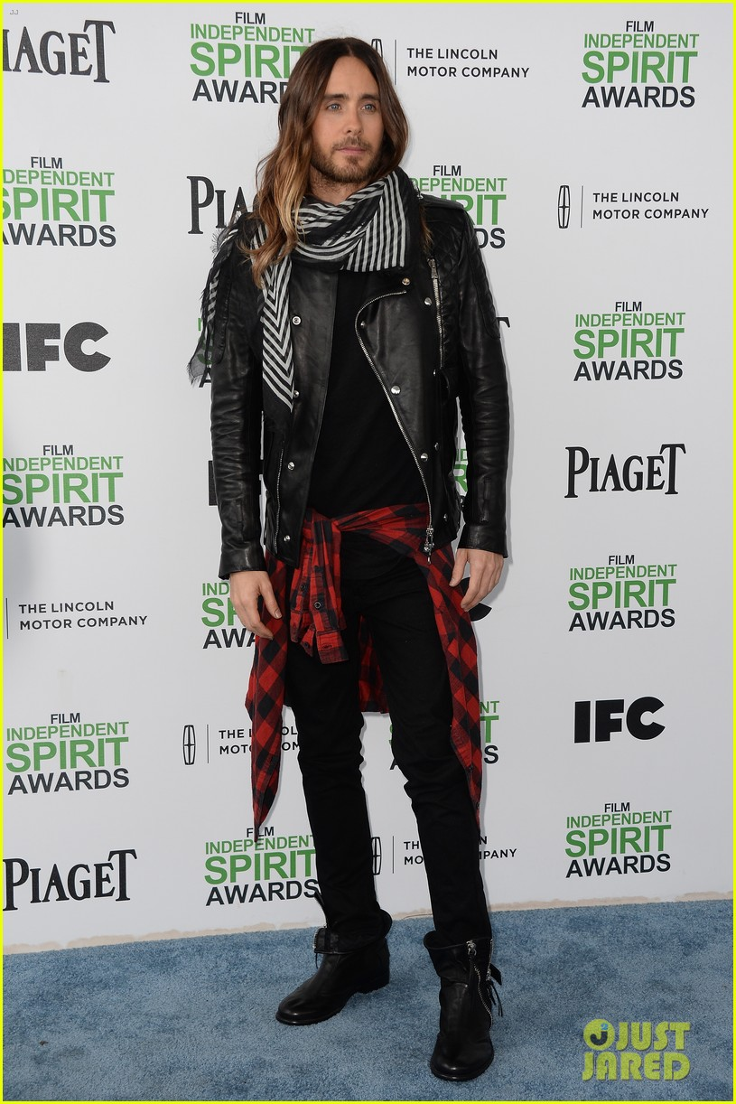 jared leto thanks future ex wife lupita nyongo at independent spirit awards 2014 01