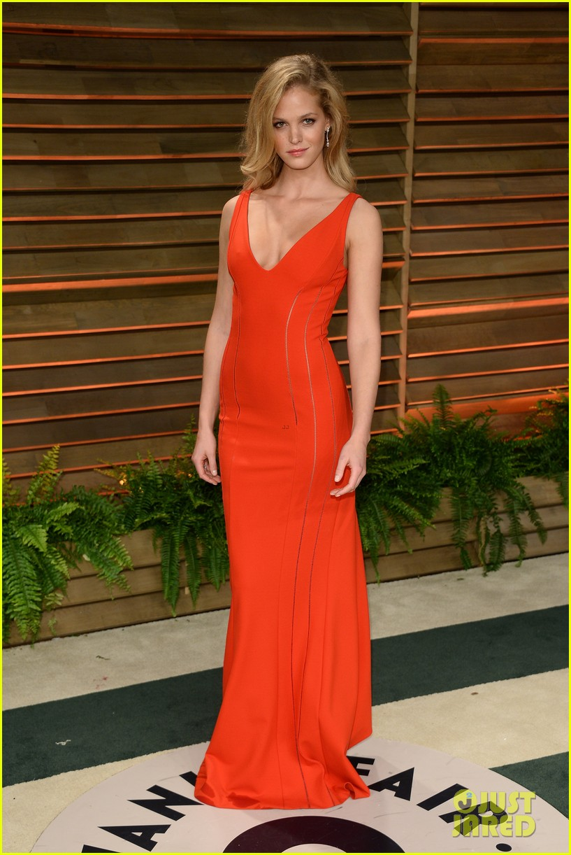 lily aldridge vanity fair oscars party erin heatherton 2014 043064861