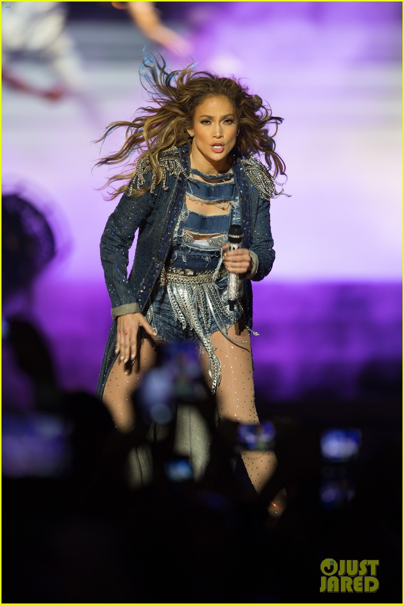 jennifer lopez dubai concert photos 133081524