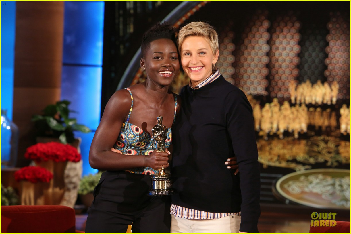 lupita nyongo upstaged by brother peter at oscars 02