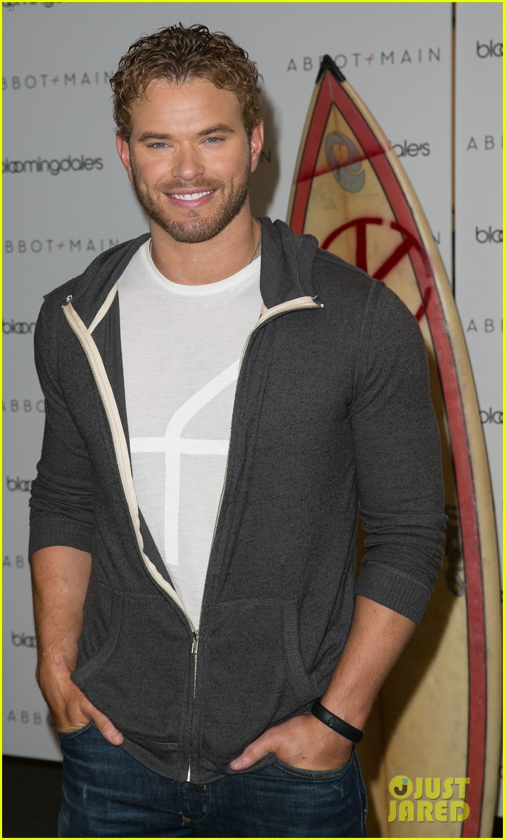 kellan lutz continues birthday celebrations abbot main 213077391