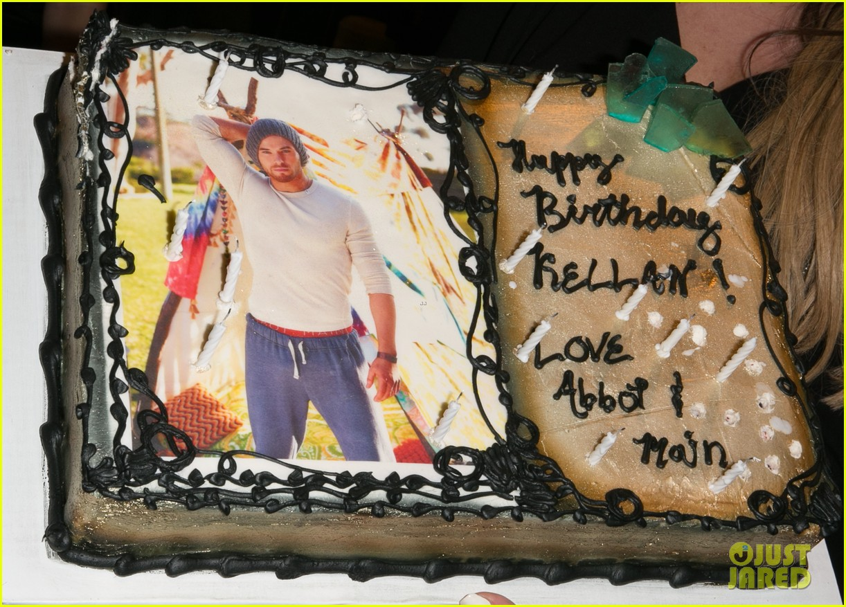 kellan lutz continues birthday celebrations abbot main 253077395