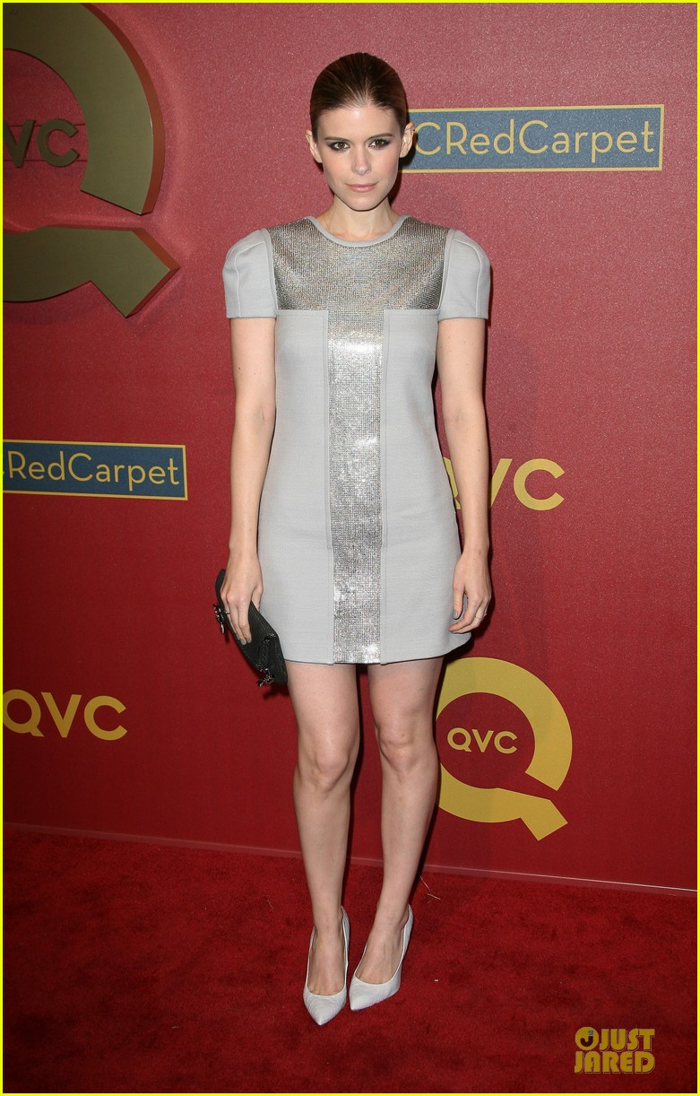 kate mara kat dennings qvc red carpet style event 09