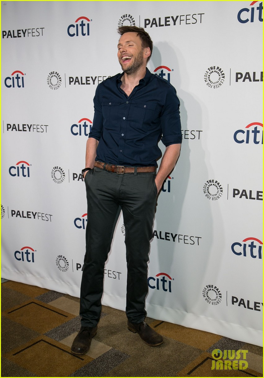joel mchale gillian jacobs are honored at paleyfest for community 153079630