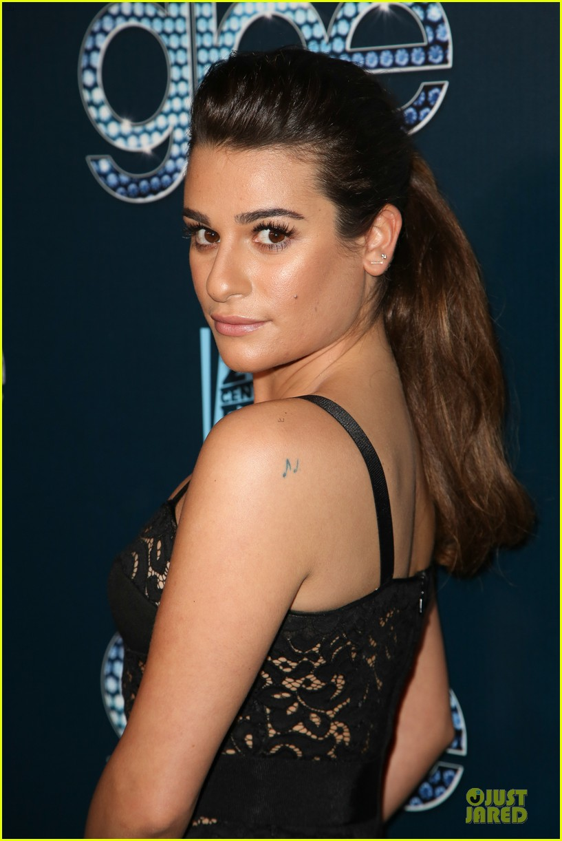 lea michele show off their assets at glee 123074500