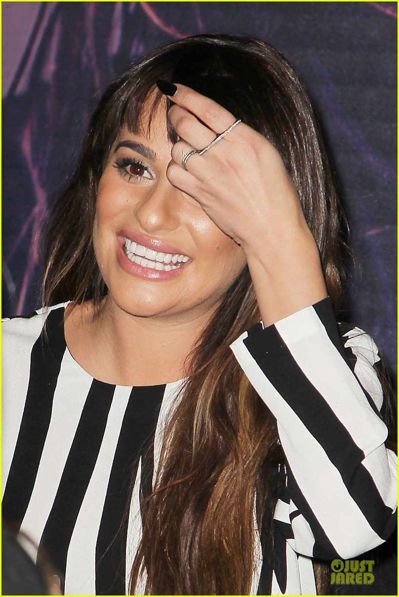 lea michele performs cannonball on tonight show 173066190
