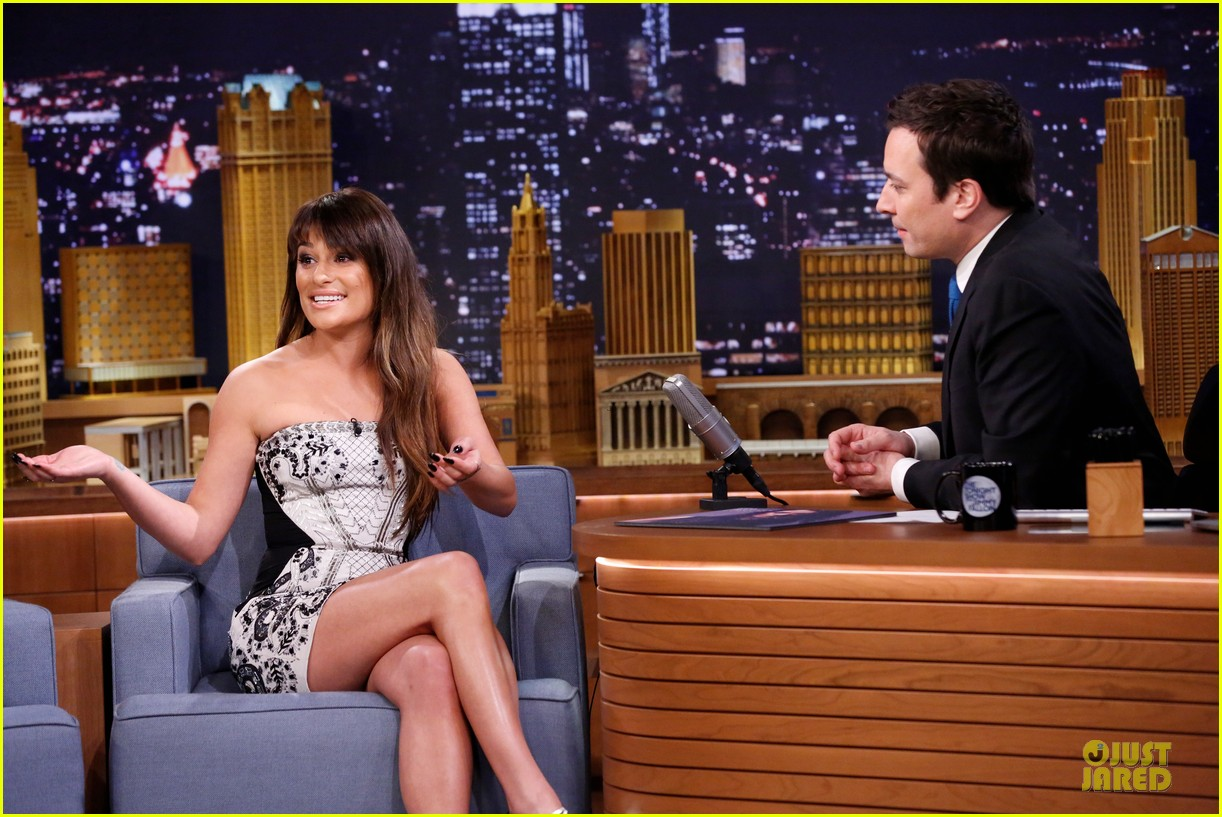 lea michele performs cannonball on tonight show 19