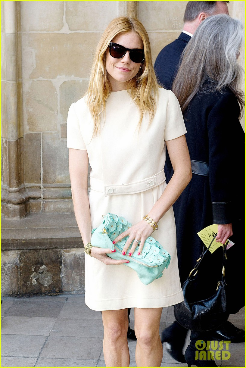 sienna miller pippa middleton attend david frosts memorial service 09