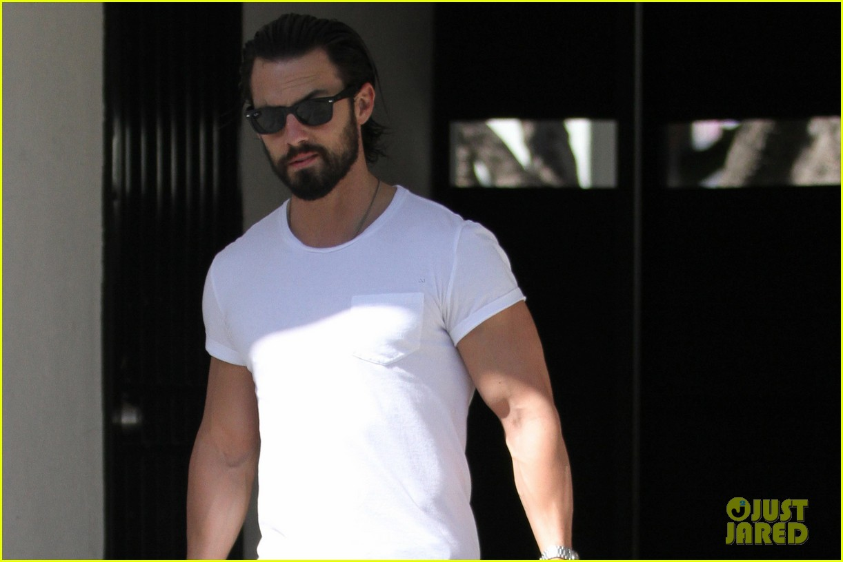 milo ventimiglia cast cant wait to start filming visitors 033071969