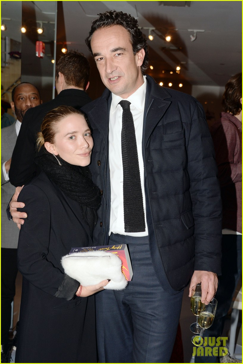 mary kate olsen olivier sarkozy post engagement appearance 04