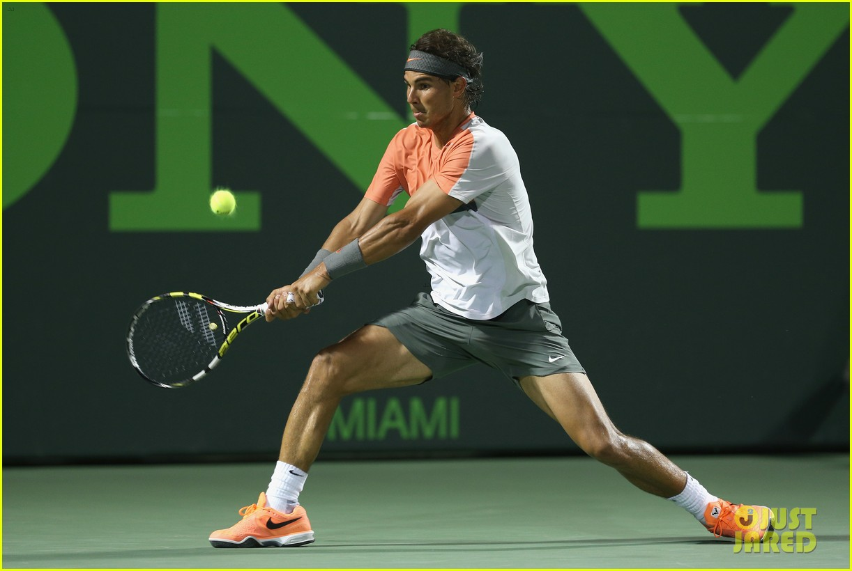 rafael nadal shirtless sony open 103077664