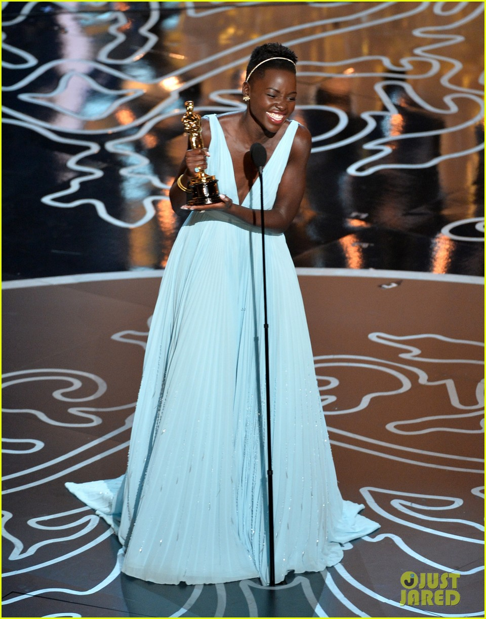 lupita nyongo oscars acceptance speech video watch now 013064123