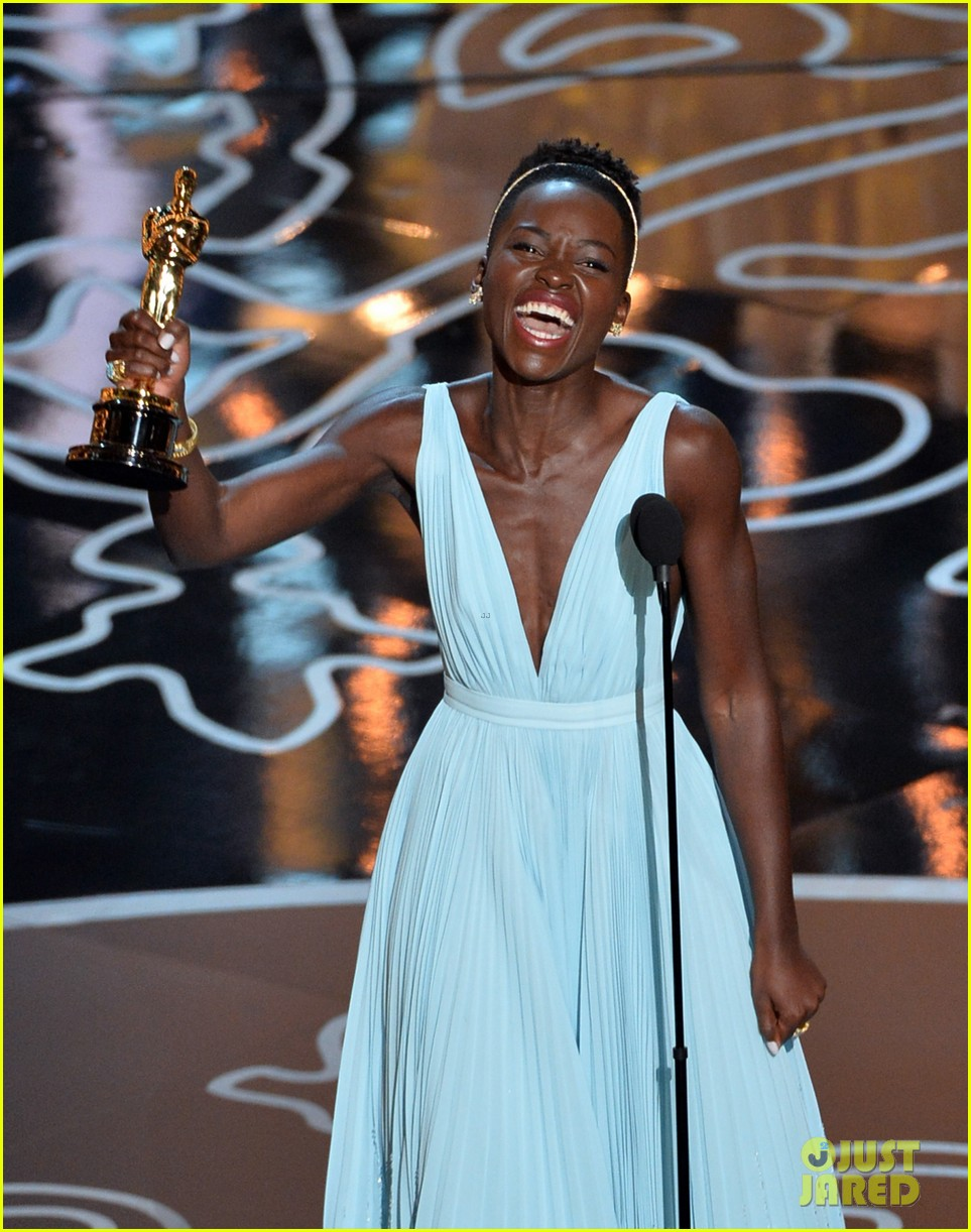 lupita nyongo oscars acceptance speech video watch now 043064126