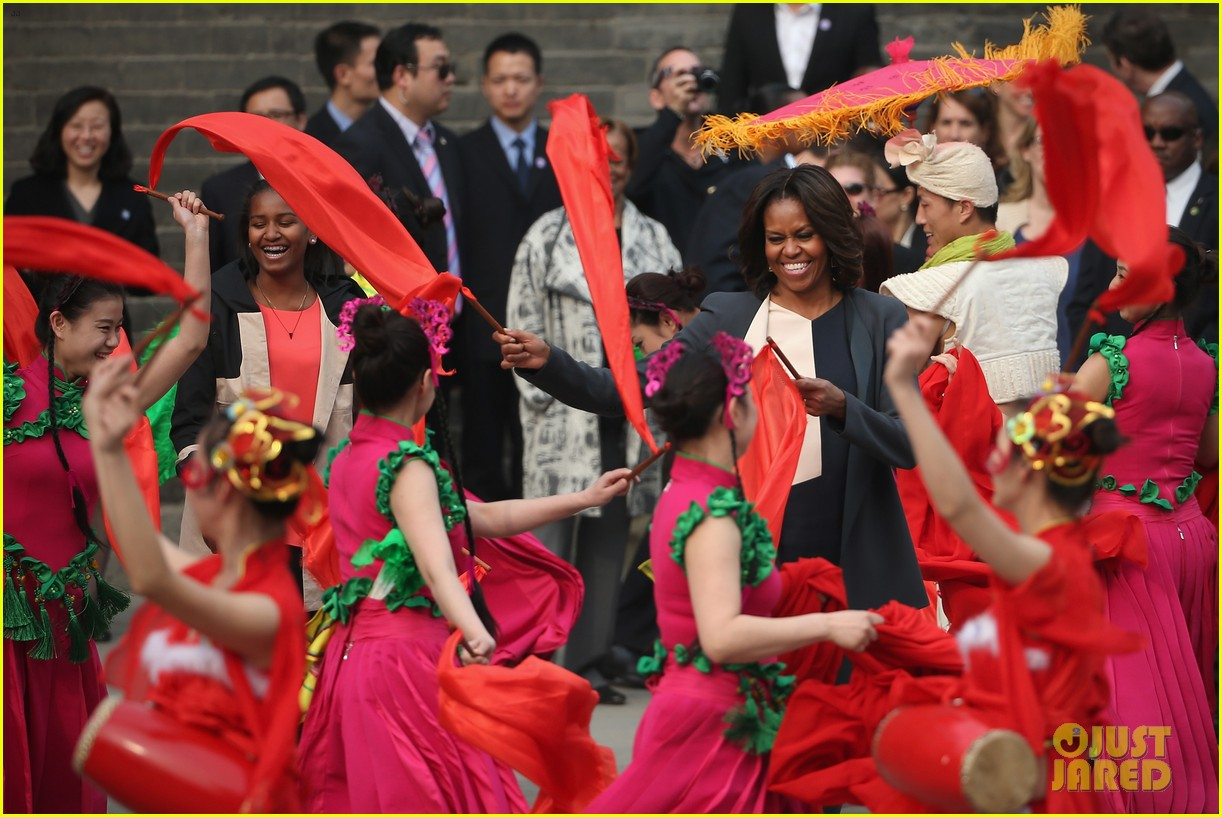 michelle obama jumps rope in china 133077932