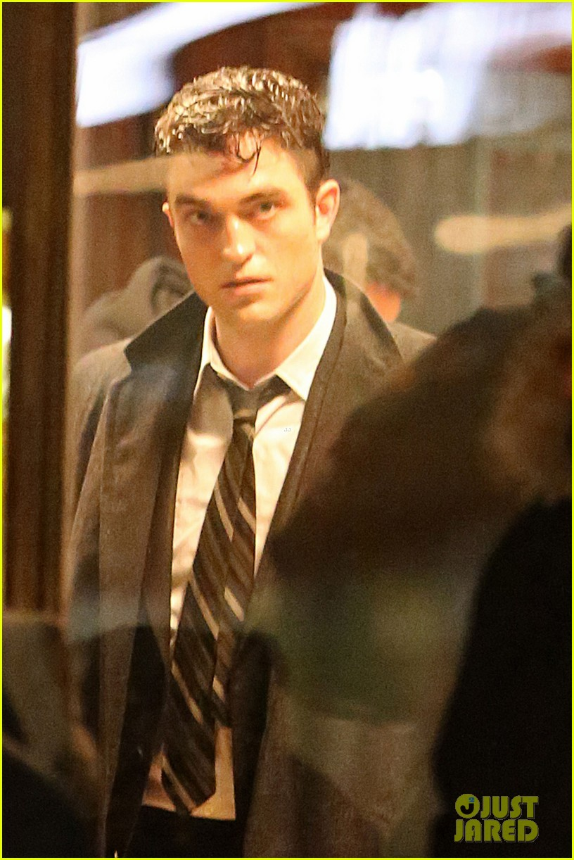 robert pattinson dane dehaan life first look photo 04