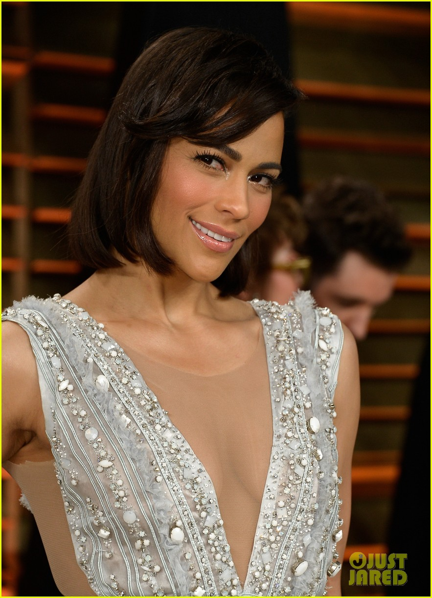 paula patton looks in great spirits at vanity fair oscars party 2014 05