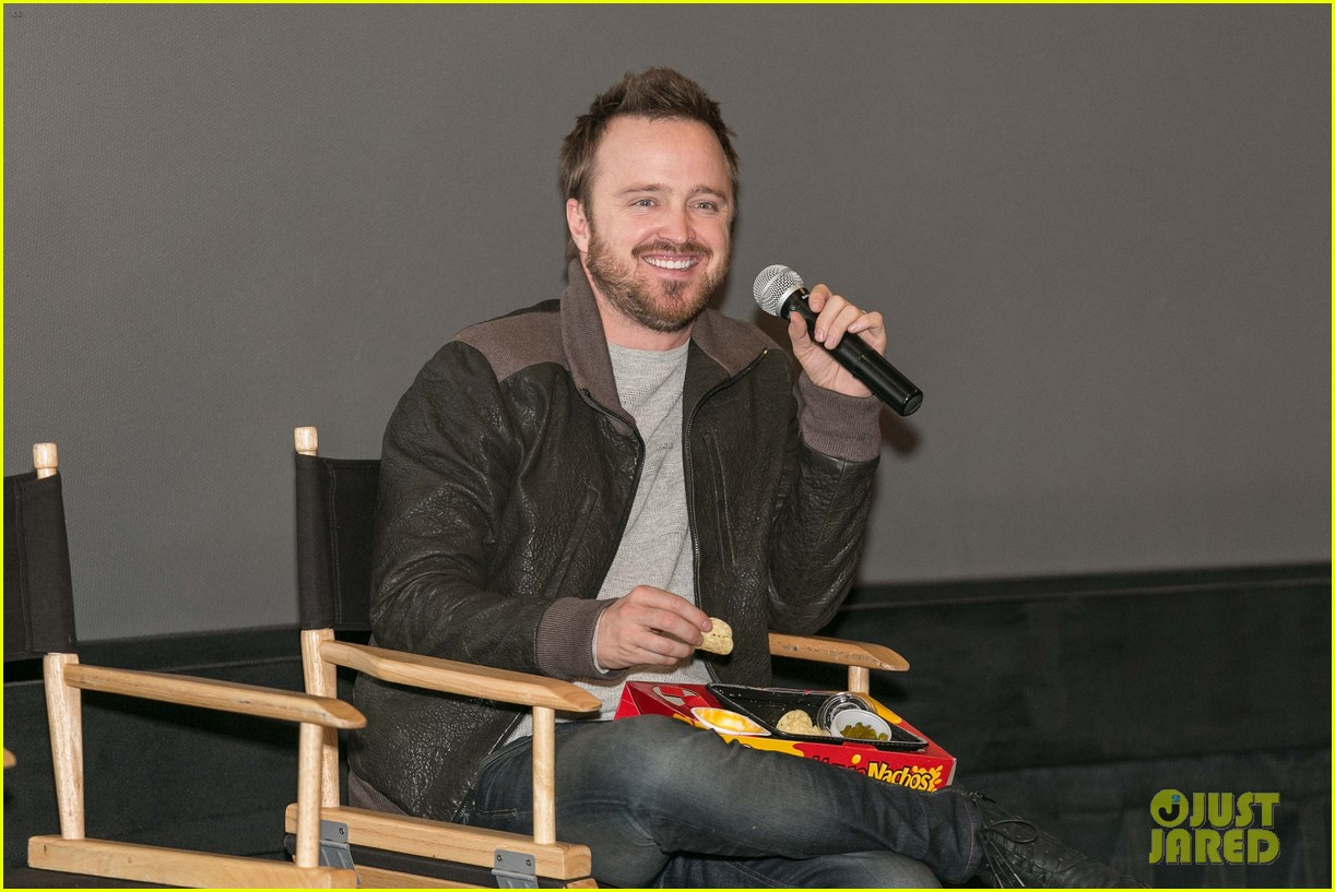 aaron paul has a need for speed on wwes monday night raw 043066731