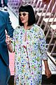 katy perry excites australian fans with her colorful spirit 20