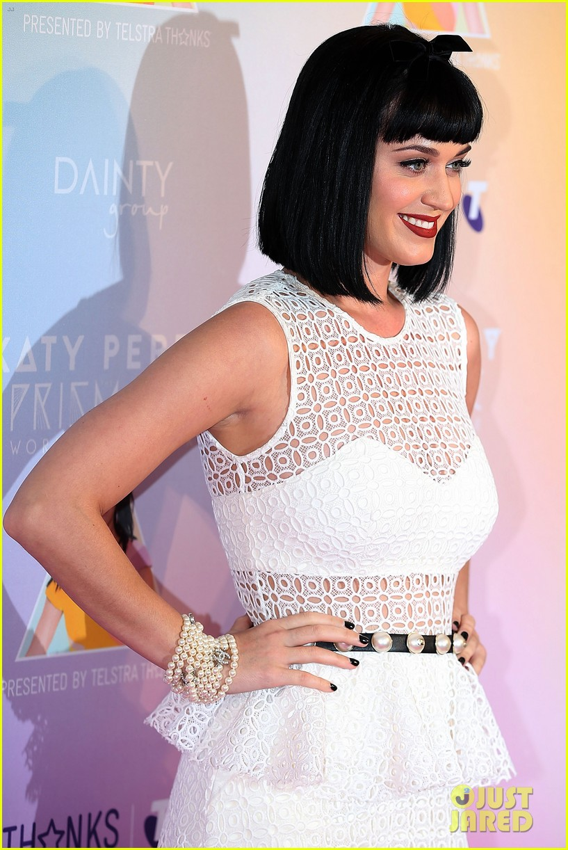 katy perry releases new dark horse remix for japan listen now 07