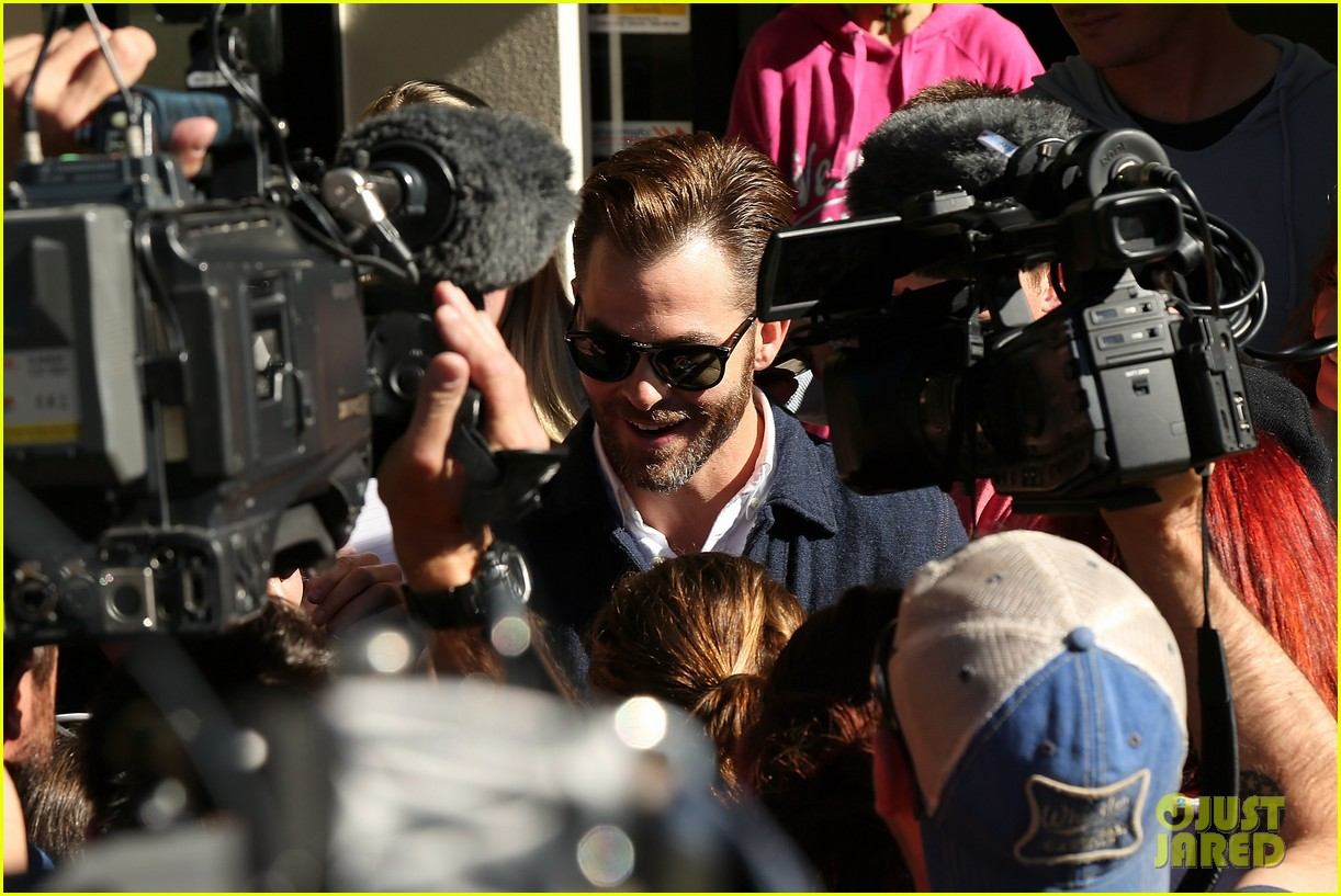 chris pine appears in court for dui arrest in new zealand 103073022
