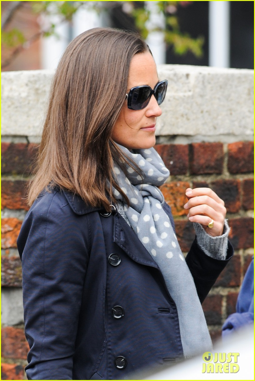 kate pippa middletons go to fashion brand hobbs coming to us 11