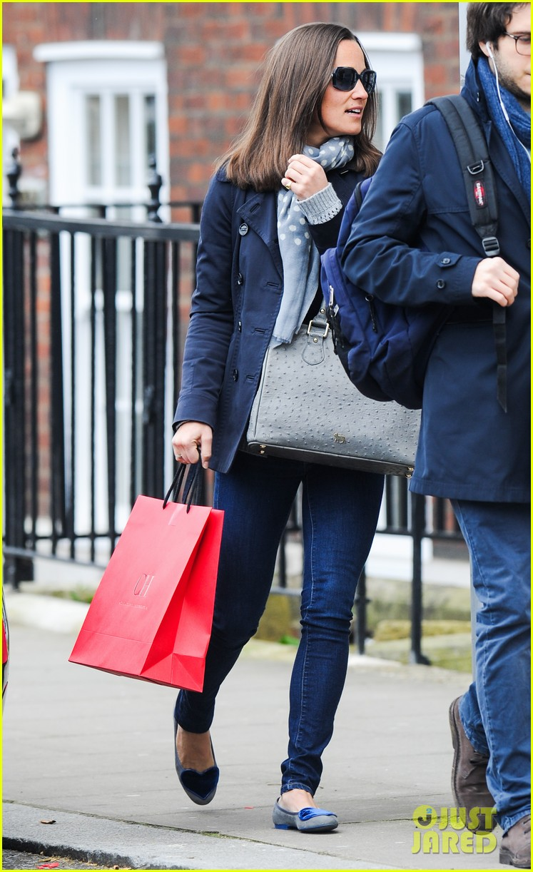 kate pippa middletons go to fashion brand hobbs coming to us 153080555