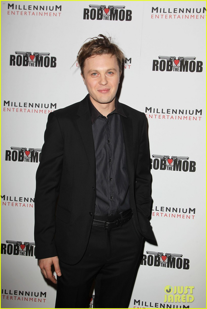 michael pitt robs the mob nyc 07