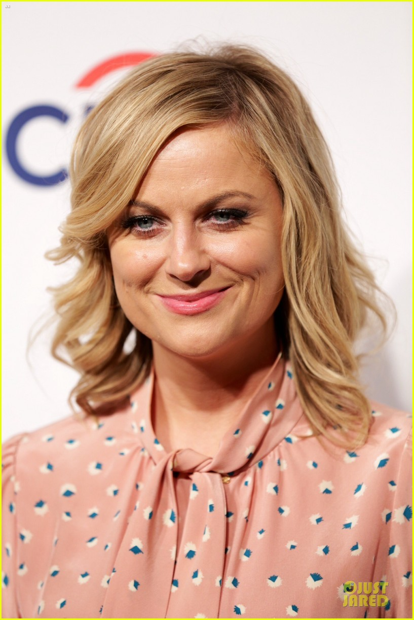 amy poehler aubrey plaza promote parks recreation 123074407
