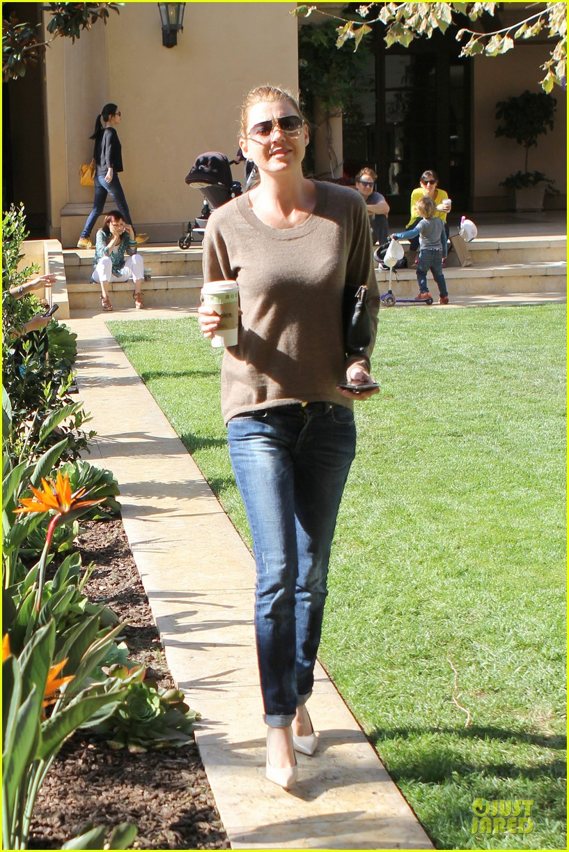 ellen pompeo satisfies french craving with bouchon 153072339