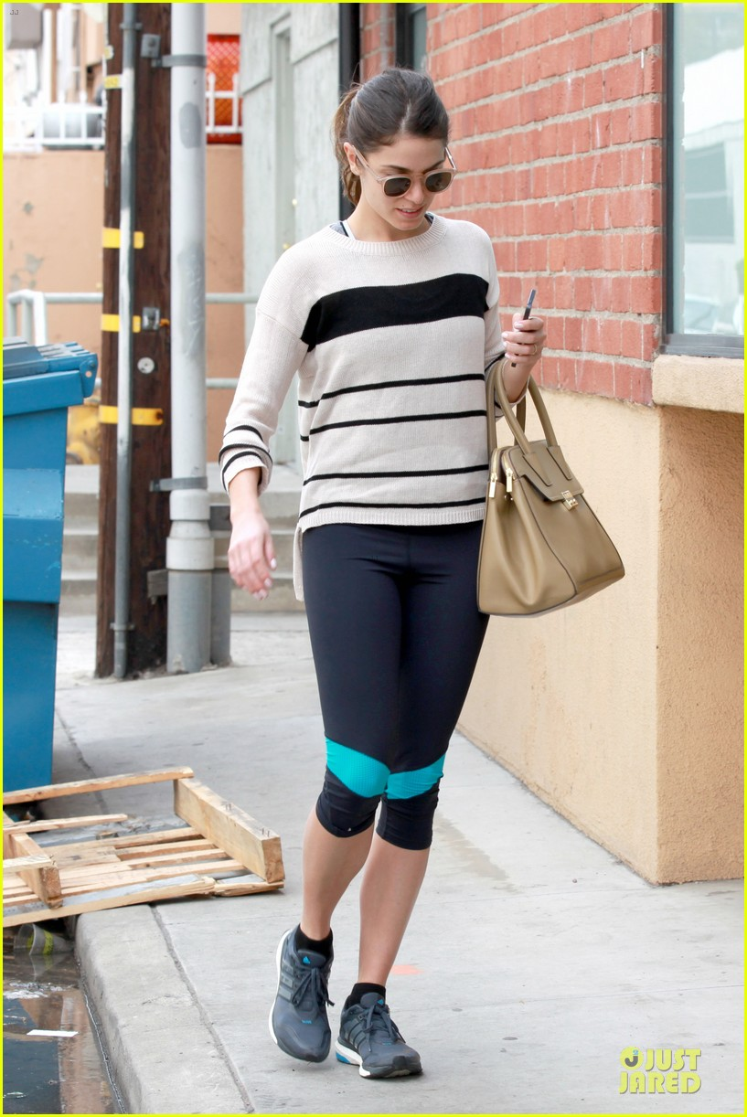 nikki reed perfect example of gym 15