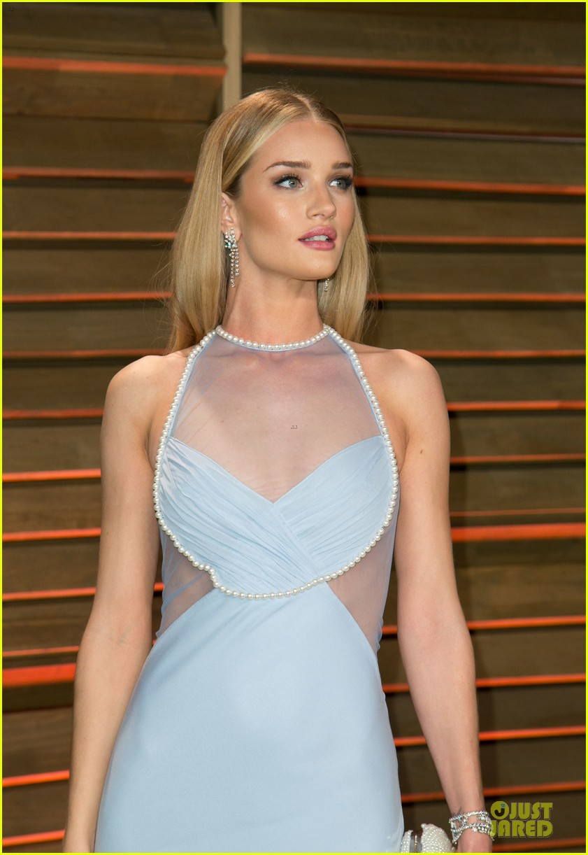 rosie huntington whiteley sheers it up at vanity fair oscar party 2014 with jason statham 043064444