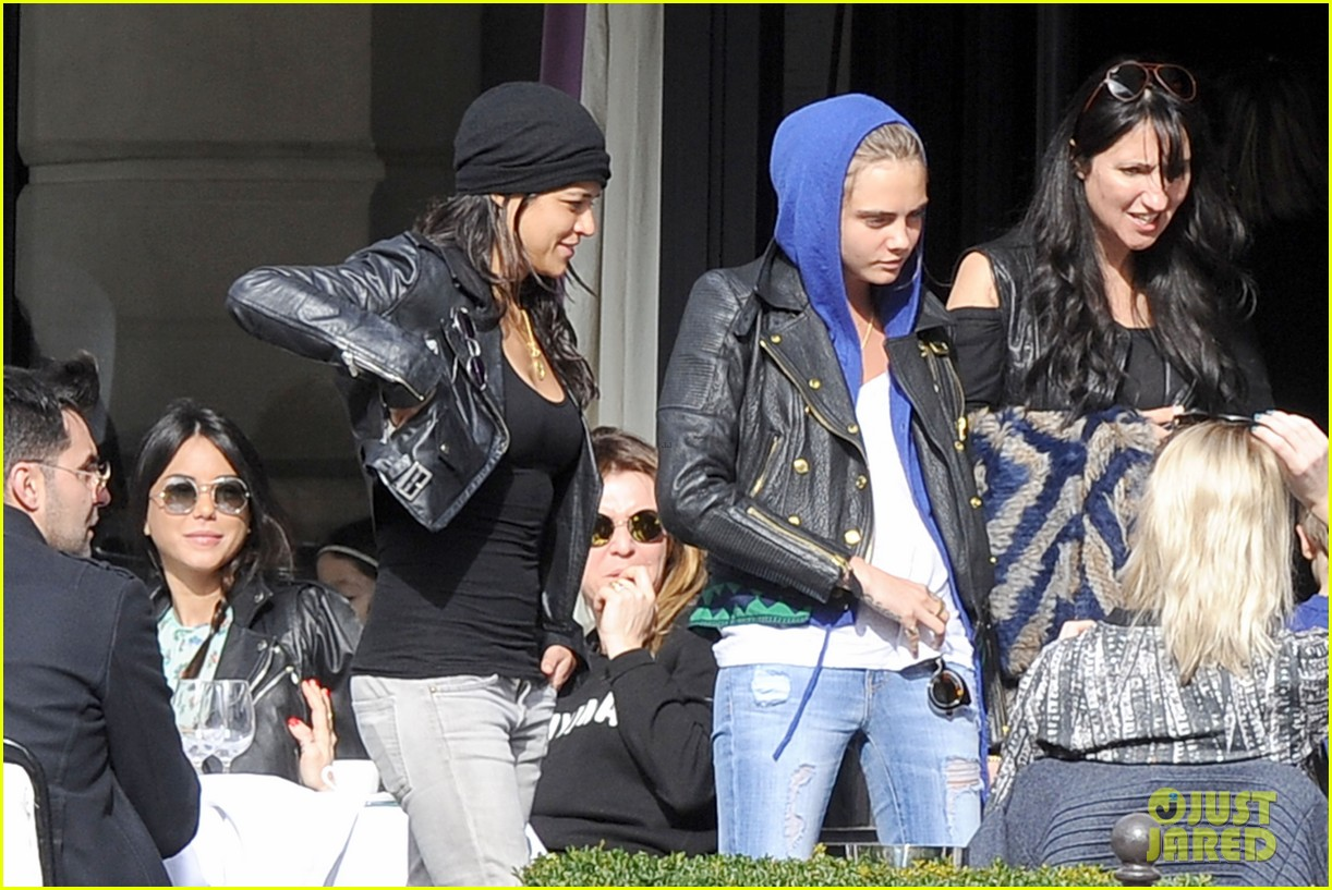 michelle rodriguez joins cara delevingne for paris fashion week fun 103065732