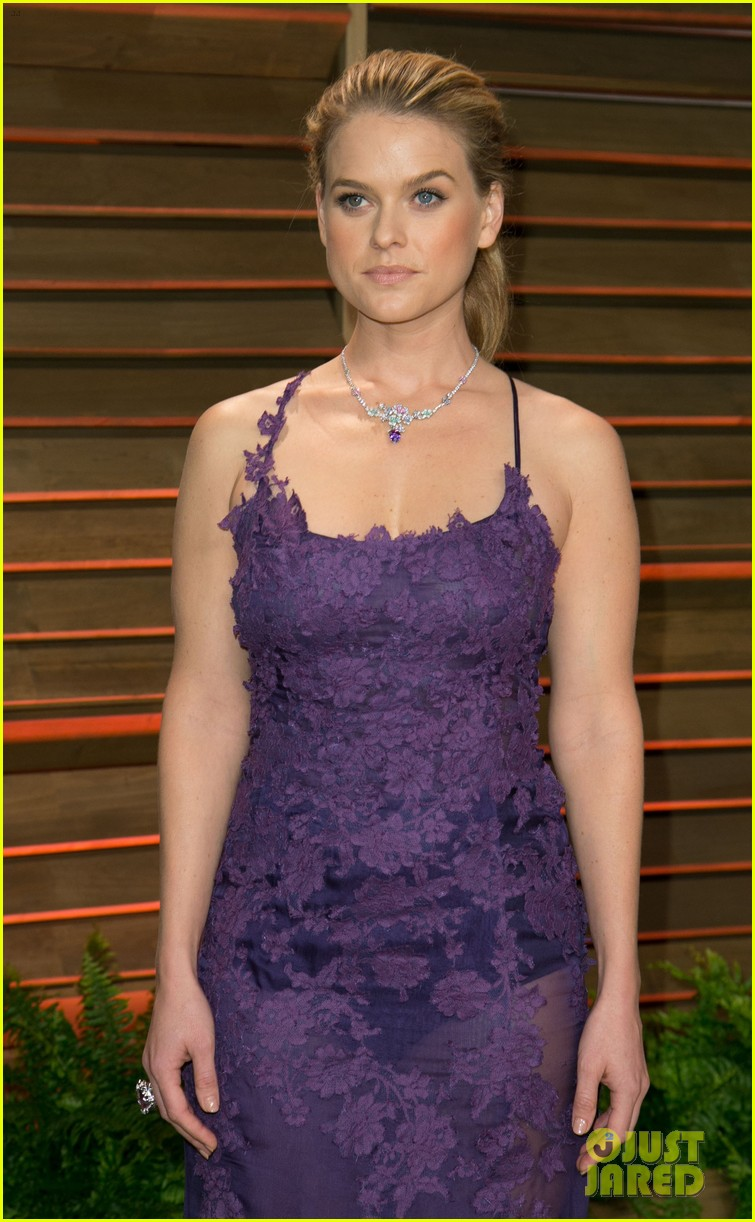 saoirse ronan vanity fair oscars party alice eve 08