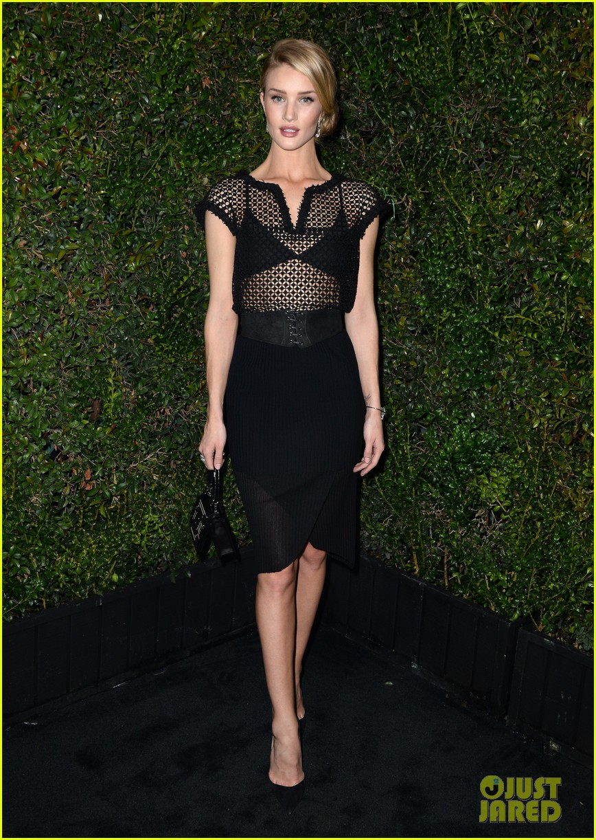 rosie huntington whiteley sienna miller chanel charles finch pre oscars dinner 073063556