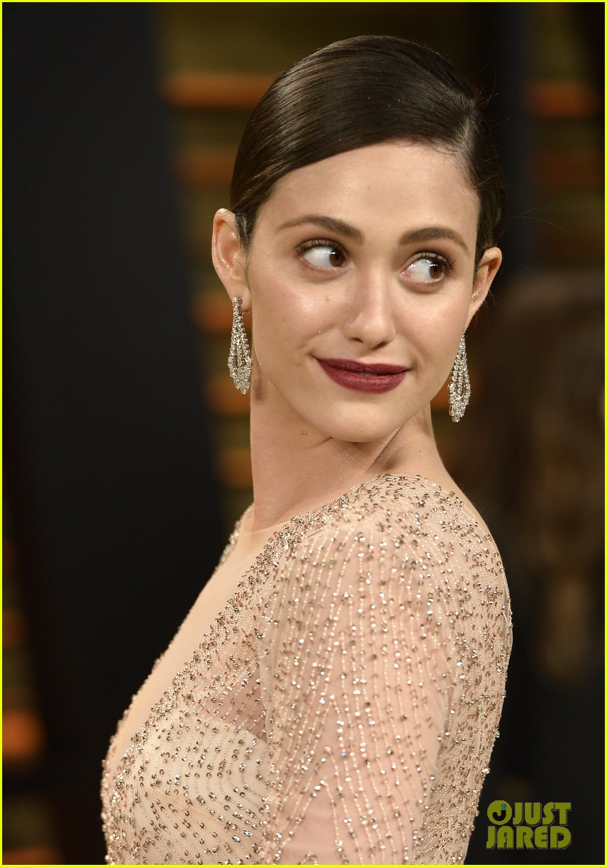emmy rossum vanity fair oscars party 2014 043064620
