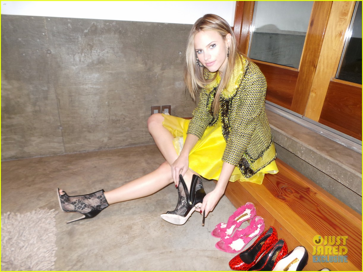 halston sage spotlight behind the scenes 103069856